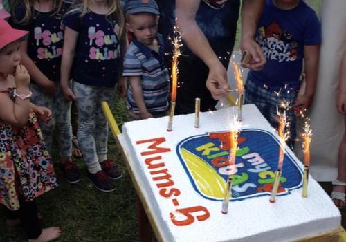 7-tasis Mamyčių klubo gimtadienis - birželio 19 d.!