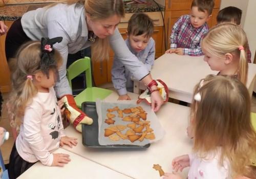 VIDEO: Meduolinių eglutės žaisliukų RECEPTAS