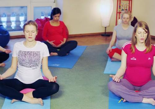 Nėščiosioms užsiimti joga naudinga
