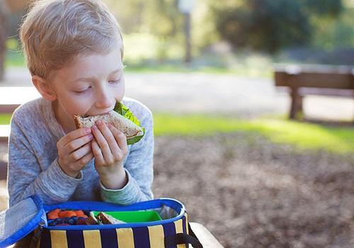 Mokyklinuko pietų dėžutė: Vaidos Kurpienės patarimai ir receptas
