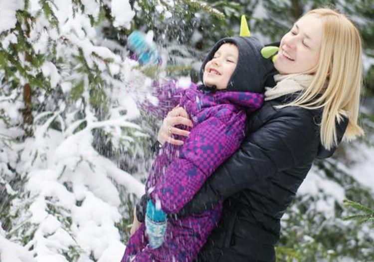 Žiema žiema...snaigės veidą bučiuoja