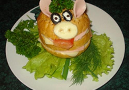 """Linksmasis sumuštinis """"Paršelis"""""""