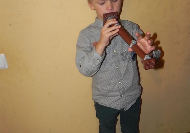 Silvestras (5metai) - muzikantas su dudele