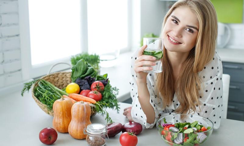 Dietistės patarimai, kaip pagerinti nuotaiką per karantiną