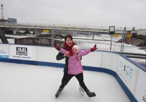 Ledo čiuožyklą prie Baltojo tilto jau išbandėme!