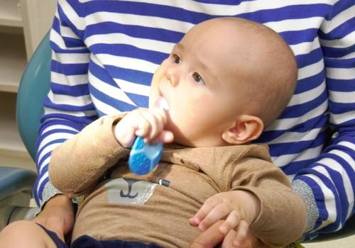VIDEO: Mamų po gimdymo ir kūdikio burnos higiena