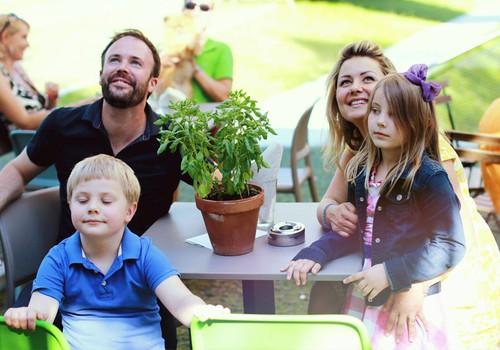 """Geriausias tėtis Tom Nicholson: """"Išdykauti su vaikais - vienas didžiausių malonumų!"""""""