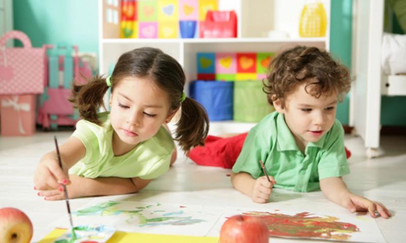 Psichoterapeutė: uždariems vaikams atsiskleisti padeda būreliai
