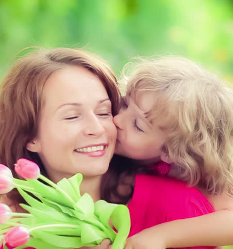 KONKURSAI: Pasveikink savo mamą ir laimėk dovanų nuo Juara.lt
