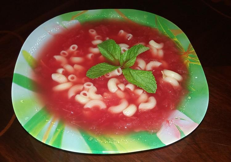 Atsigaivinkime: šalta arbūzo sriuba