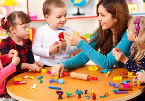 Vaikų užimtumas artėjančių atostogų metu – kaip pasirinkti dienos stovyklą?