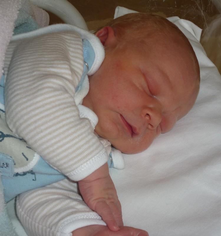Sveikiname JURGITĄ-tifer su šeštojo vaikelio Pauliuko gimimu!