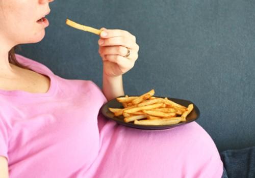 Tyrimai rodo: nesveikas nėščiosios maistas kenkia vaikučiui