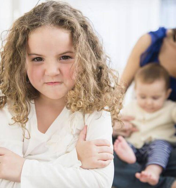 Vaikų ir paauglių psichologė Asta Blandė: kaip išvengti pavydo sukeliamo skausmo?