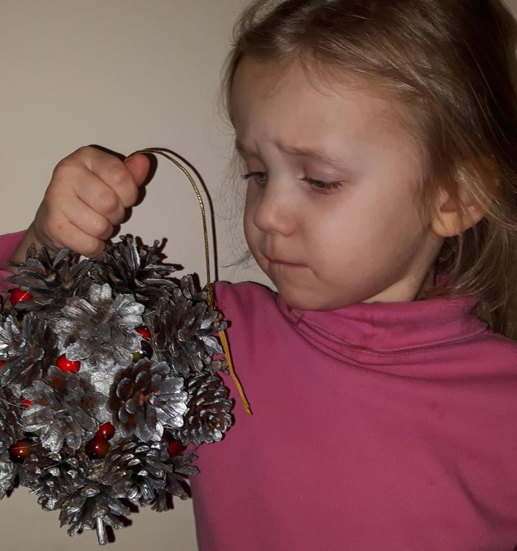 Kalėdiniai darbeliai - iš to, ką suradom gamtoje