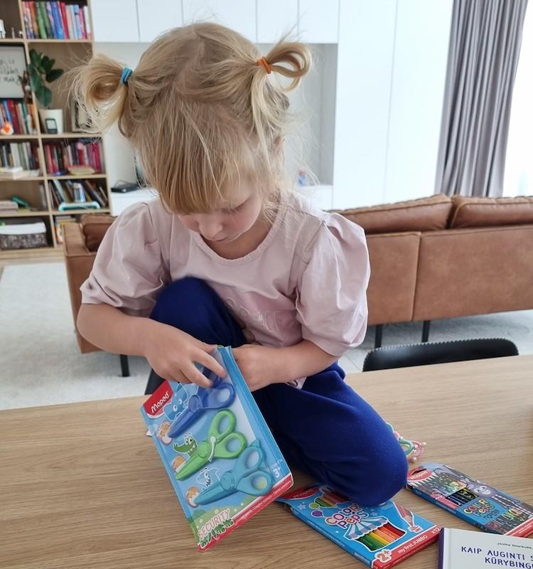 Isabella pradeda lankyti darželį. 4 dalis