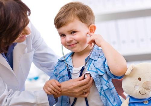 Vaikų ligos ir susirgimai žiemą: kaip padėti?