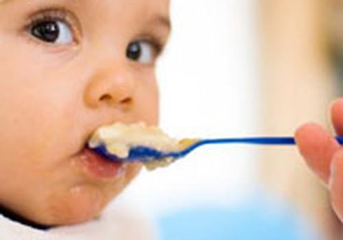 Kodėl negalima per anksti duoti papildomo maisto: 5 priežastys