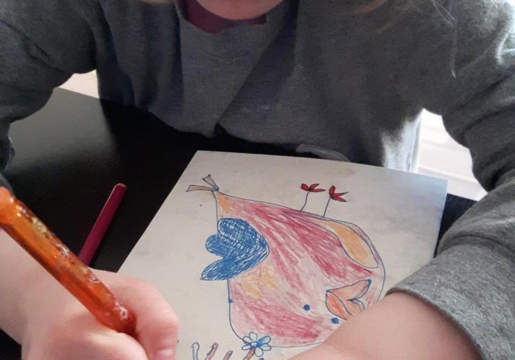 """Augustės dienoraštis: bendras kūrybinis darbas - knyga """"Paukštukas Mikis ir laimė"""""""