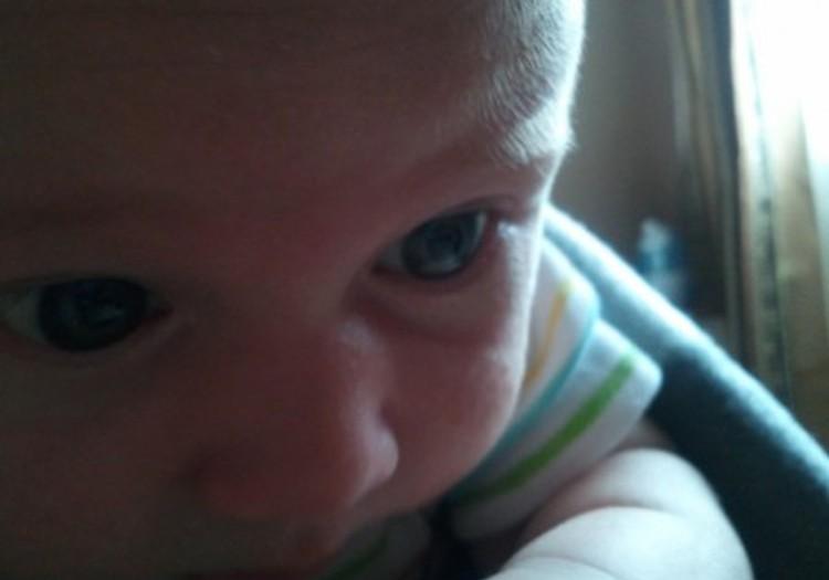 Jonukui 1 mėnuo ir 6 dienos: Jonukas nusišypso