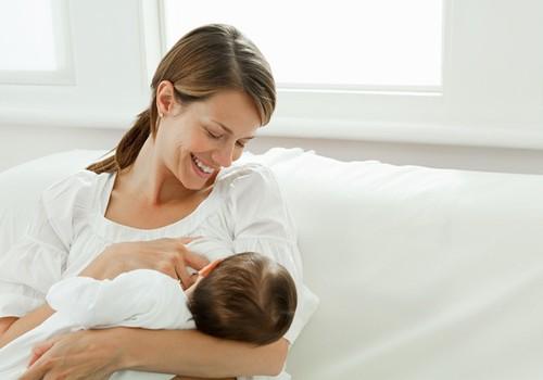 Didelis skausmas, kūdikiui žindant, varo į neviltį