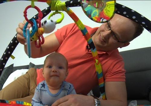 VIDEO: Kaip išrinkti mažyliui vardą?