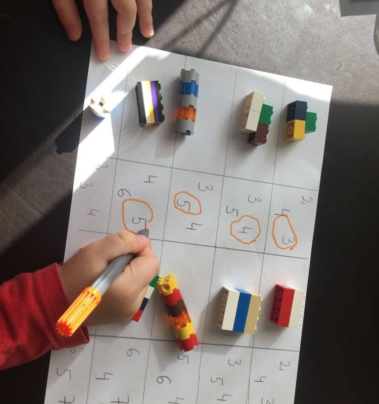 Ką veikti namuose: idėjos su Lego
