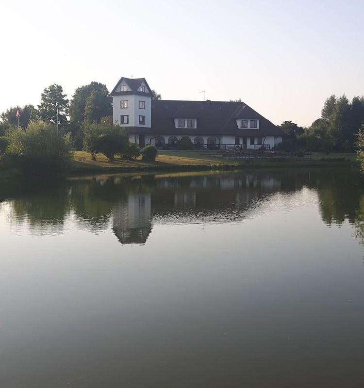 Puiki vieta nakvynei Latvijoje: poilsio kompleksas TURBAS