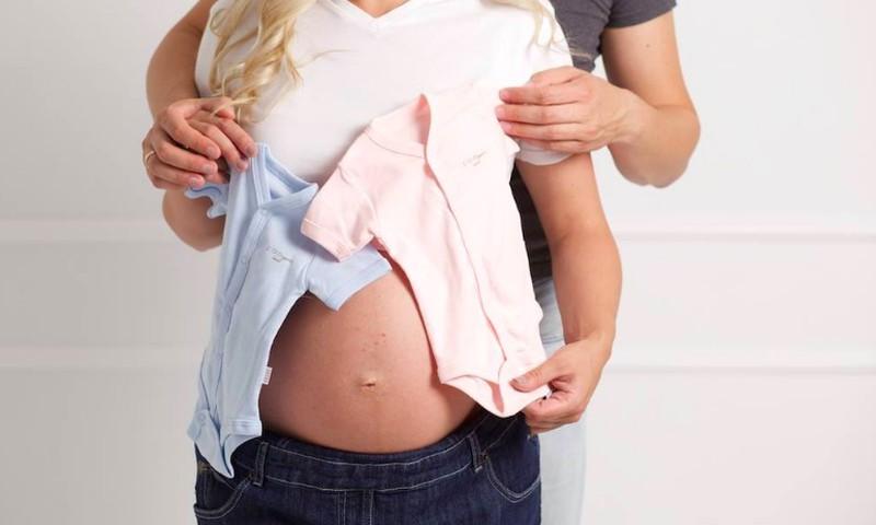 Ar nuo vitaminų gali pykinti nėštukę?
