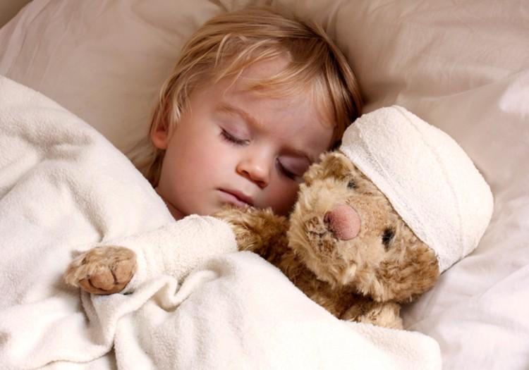5 psichologės patarimai, kaip elgtis susirgus vaikui