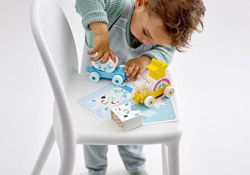 Kaip žaisti su vaikais, norint paskatinti jų visapusį vystymąsi?