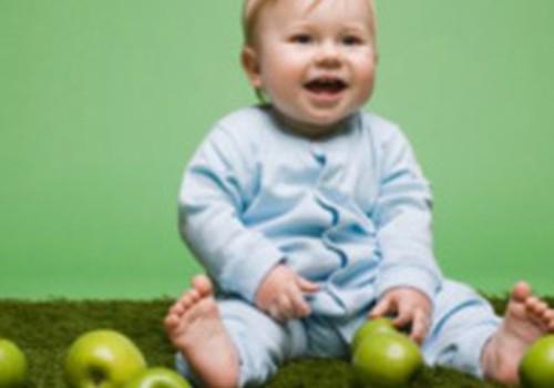 Ką duoti valgyti 11 mėnesių mažylei?