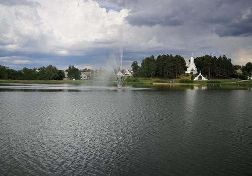 Vasaros gidas: Dauniškio ežero parkas Utenoje