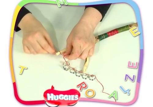 VIDEO: Gaminame kalėdinį barškutį