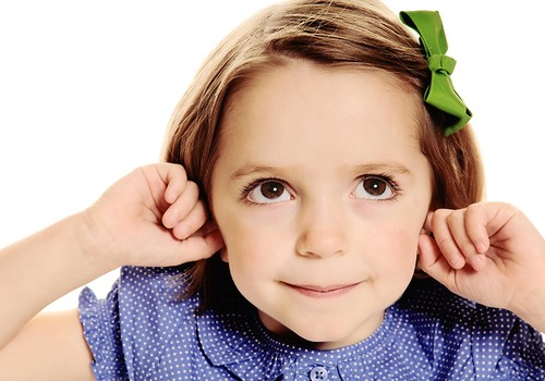 Atlėpusios ausys: ar verta jas koreguoti?