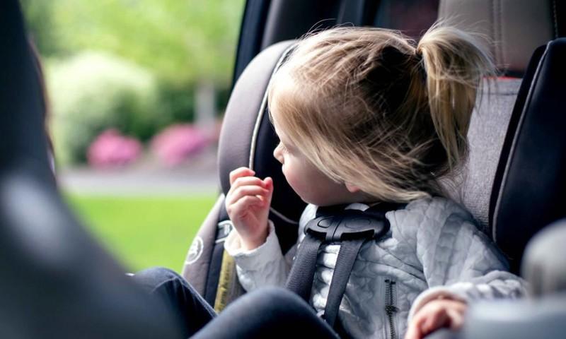 Kuo užimti vaiką kelionėje: 8 naudingi patarimai