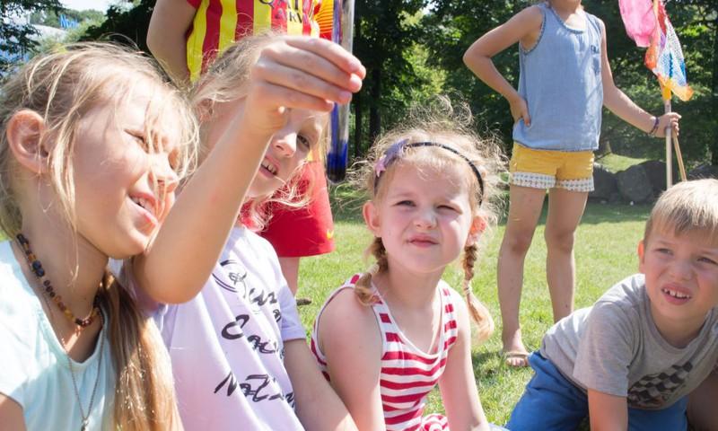 Prasmės paieškos vasaros stovyklose – ar gali žaidimai derėti su edukacija?
