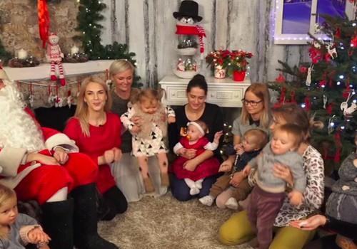 """Kalėdinė """"Mamyčių klubo"""" laida 2017 12 24: dengiame Kūčių stalą vaikams, gaminame kalėdinį barškutį, pirmą sykį sutinkame Kalėdų senelį, mokomės stovėti ant pačiūžų"""