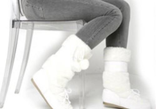Kaip išvalyti batus nuo druskos dėmių