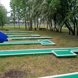 Mini golfas Kirkilų pramogų centre