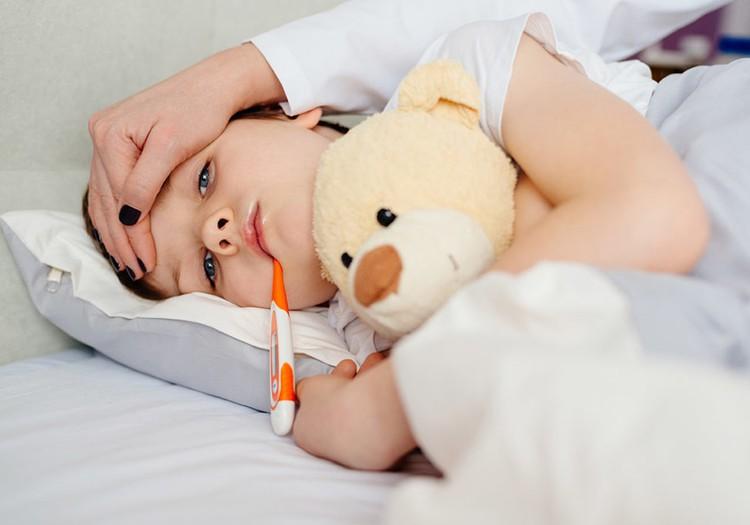 Sloga, kosulys, gerklės skausmas mažyliui? 6 patarimai, kaip tinkamai gydyti!