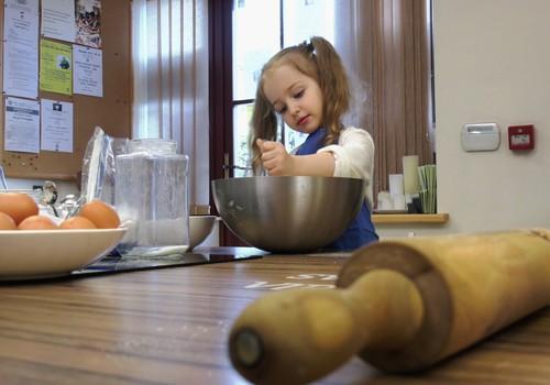 """""""Gaminame su vaikais"""": sviestinių sausainių receptas"""