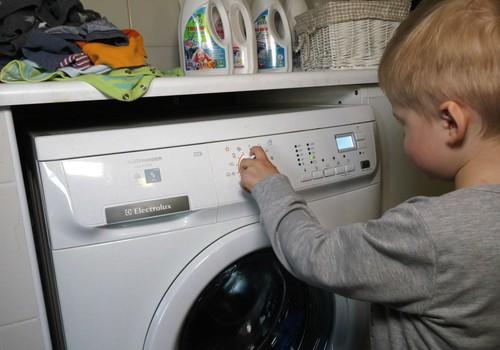 VIDEO: Kuo skalbti mažųjų drabužius?
