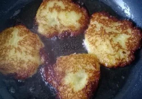 Mūsų šeimos receptas - bulviniai blynai!