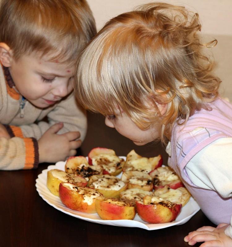Faustos ir Kasparo kepti obuoliukai
