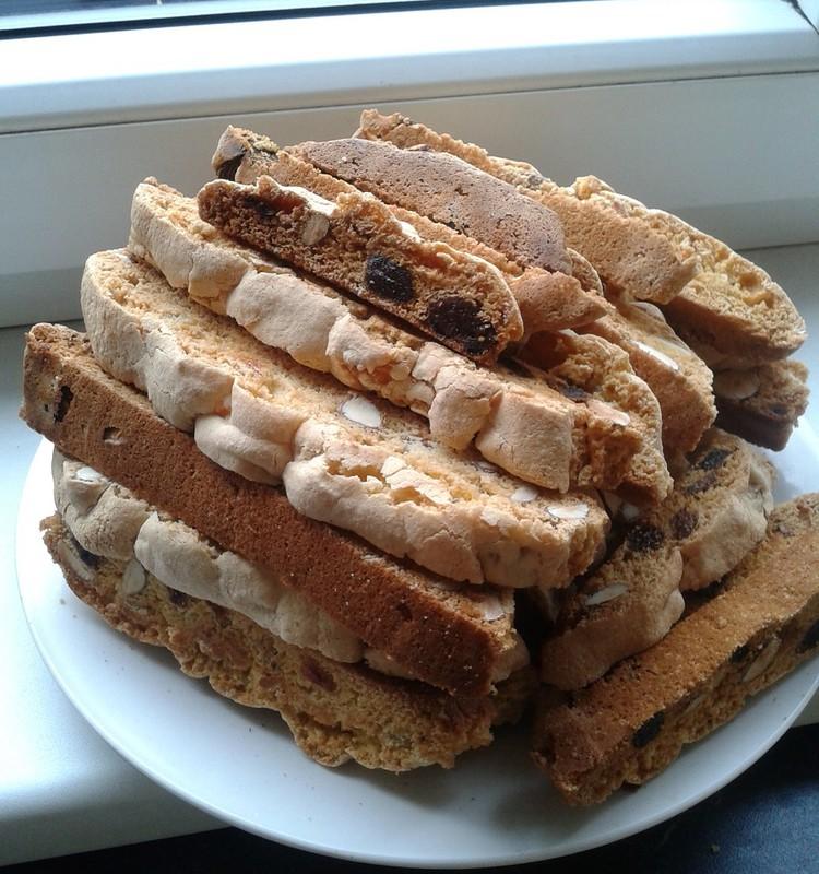 Naminiai džiūvėseliai - biscotti