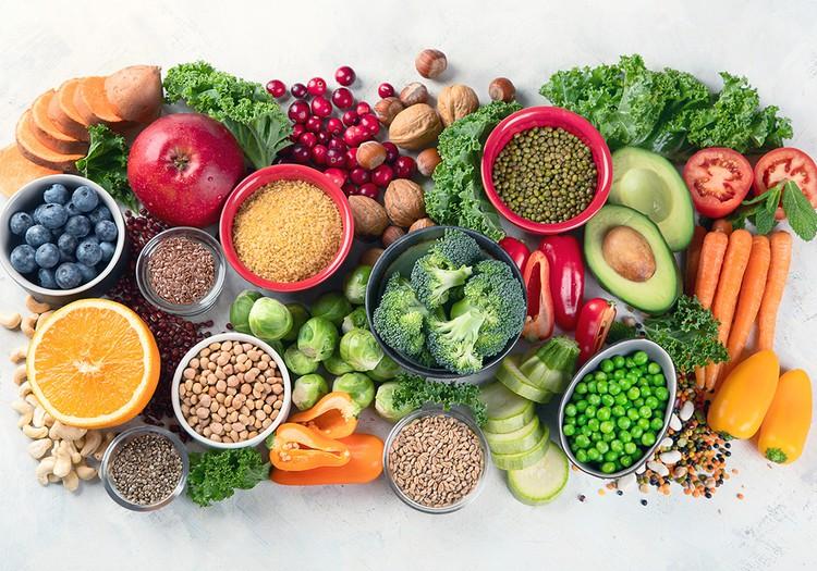 5 svarbiausios medžiagos organizmui šaltuoju sezonu: iš kokio maisto jų gauti?