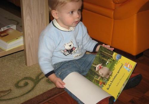 Ar skaitote pasakėles mažiesiems?