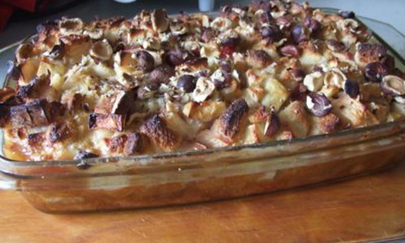 Duonos ir obuolių apkepas