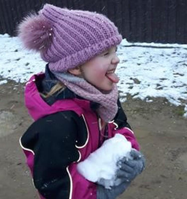 Augustės dienoraštis: seni patikrinti skiepai prieš virusus: saulė, grynas oras, sniegas, balos ir daug džiaugsmo....